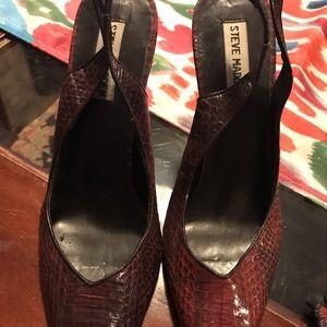 Steve Madden sling back croc print shoes